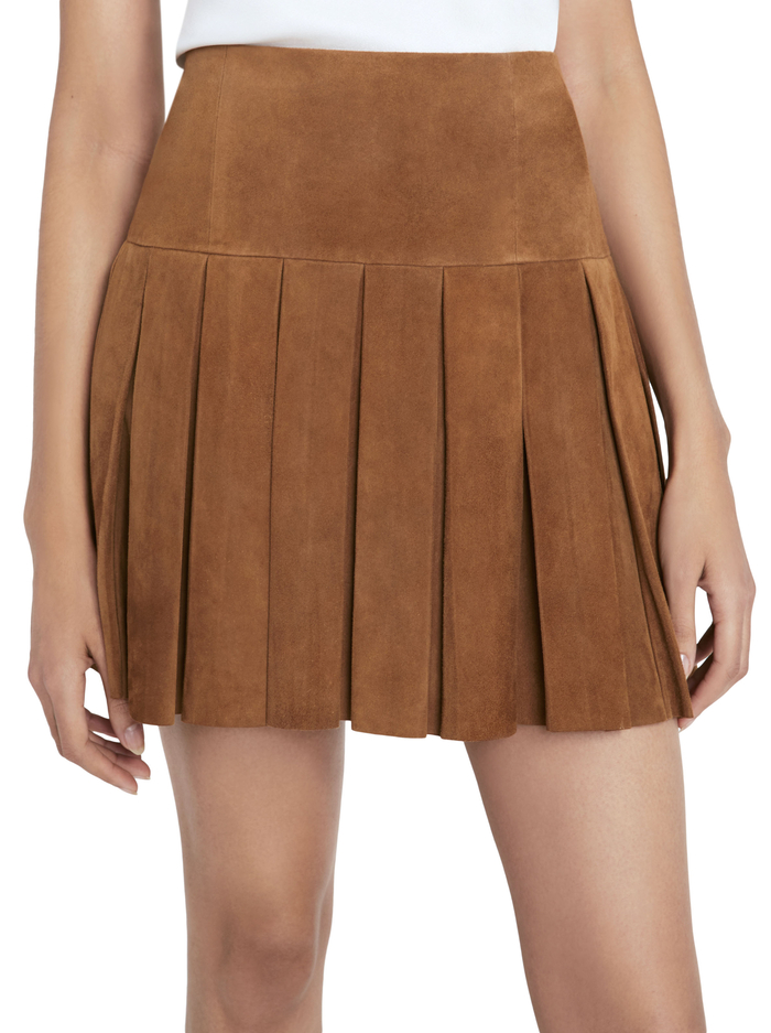 EMILIE PLEATED SUEDE MINI SKIRT - CAMEL - Alice And Olivia