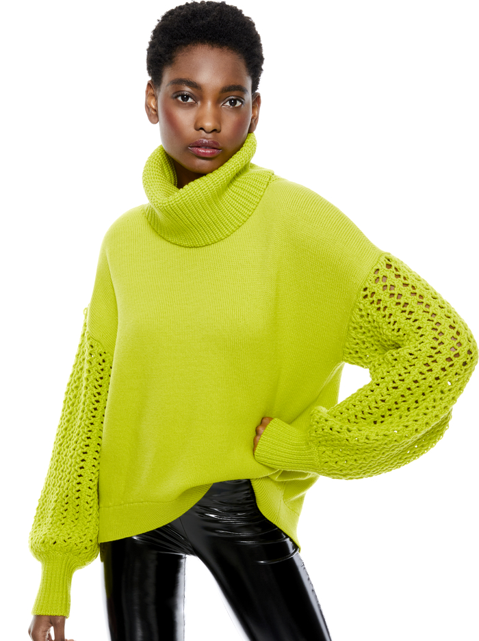 ADELA ROUND HEM TURTLENECK - LIME PUNCH - Alice And Olivia