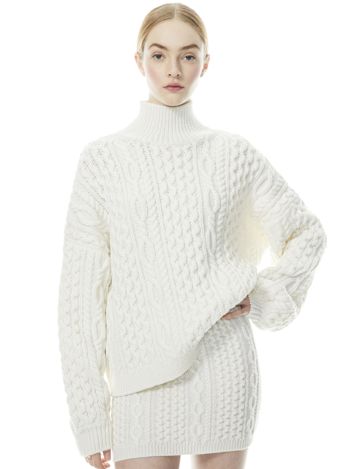 KENNY OVERSIZED TURTLENECK PULLOVER - SOFT WHITE - Alice And Olivia