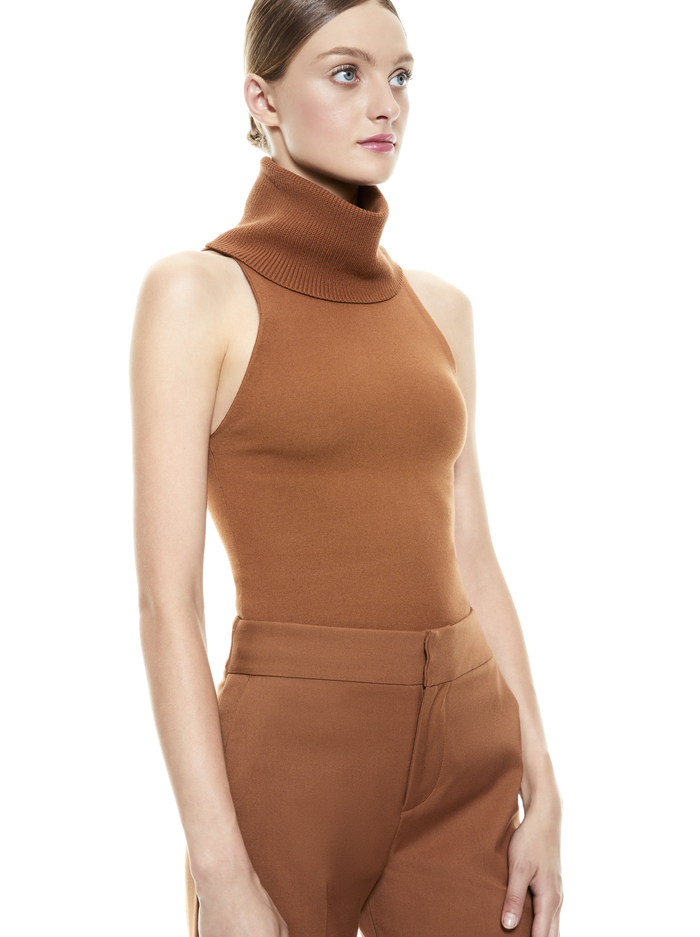 DARCEY TURTLENECK TANK - CAMEL - Alice And Olivia