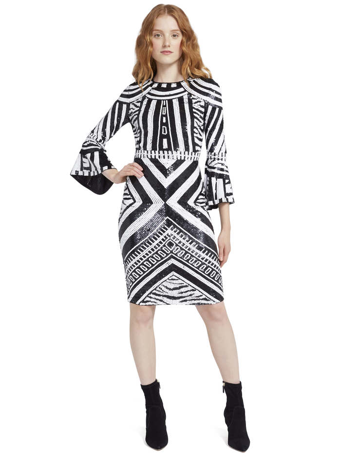 JAE SEQUIN FITTED MIDI GOWN - BLACK/WHITE - Alice And Olivia