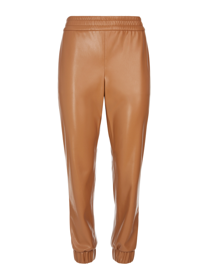 PETE VEGAN LEATHER JOGGER - CAMEL - Alice And Olivia