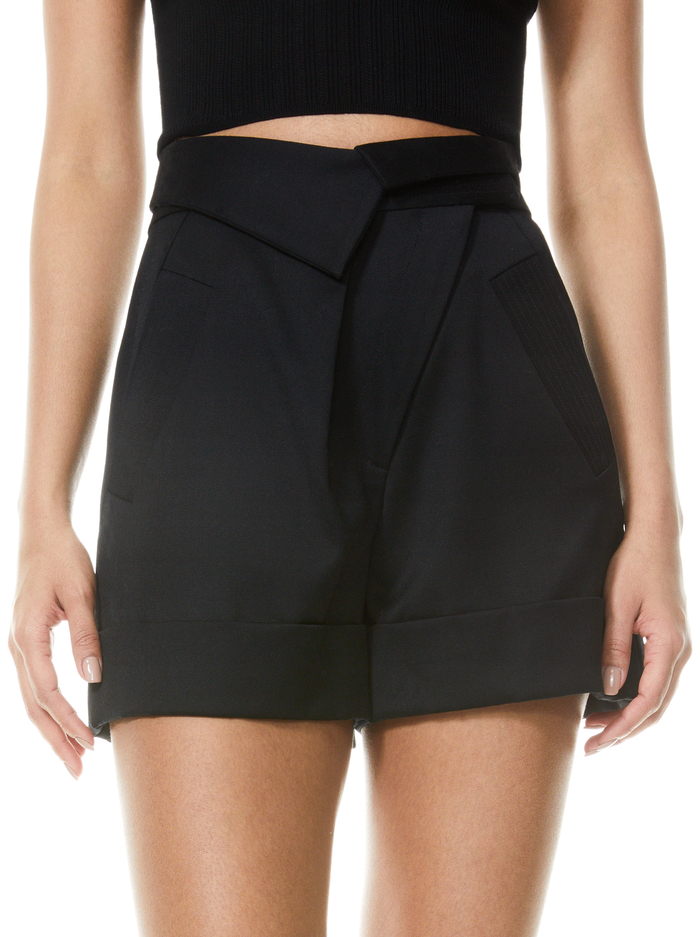 CHAD ASYMMETRICAL SHORT - BLACK - Alice And Olivia
