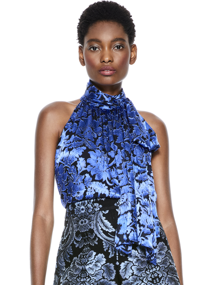 JANELLE FLORAL TIE NECK TOP - ENCHANTED - Alice And Olivia