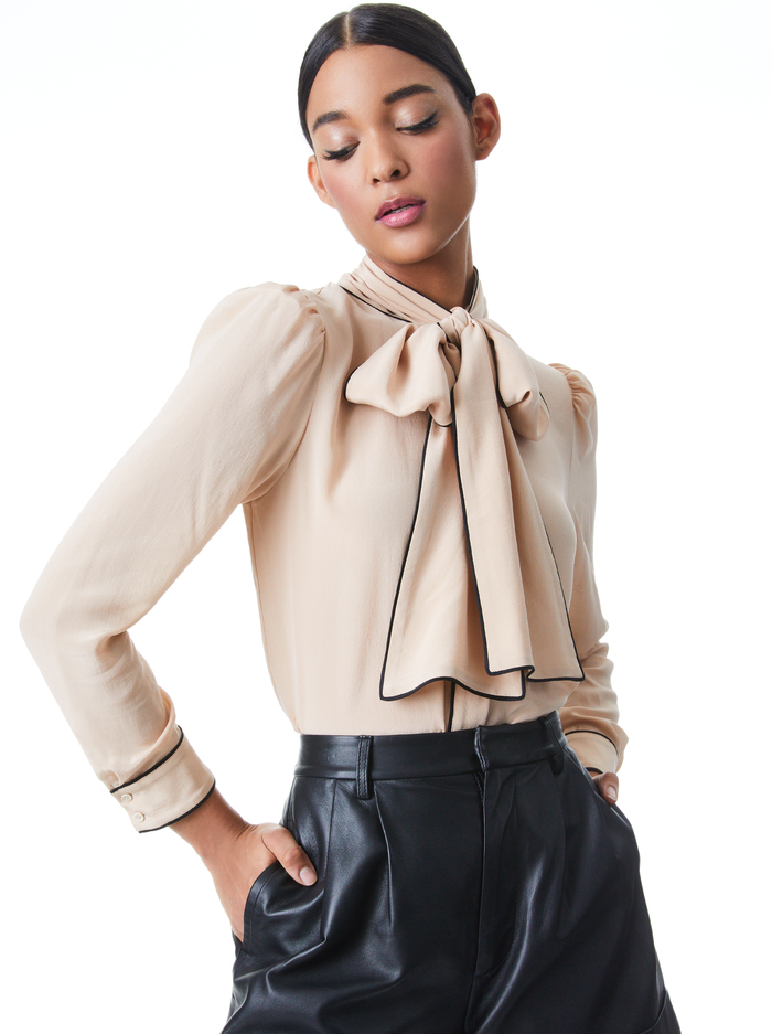 JEANNIE BOW COLLAR BUTTON DOWN - ALMOND/BLACK - Alice And Olivia