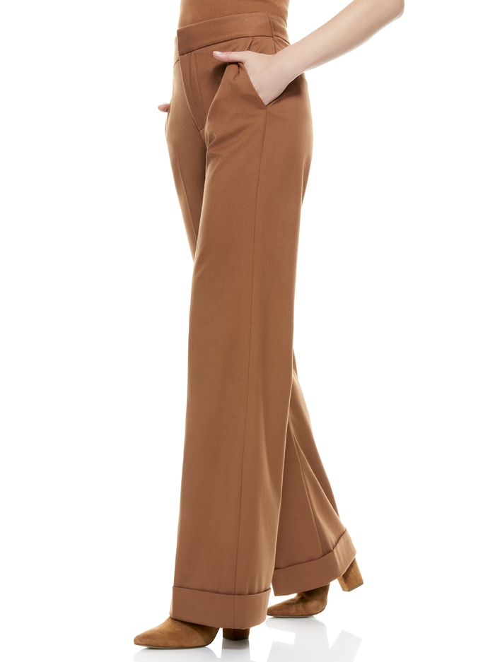 DYLAN LOW RISE CUFF PANT - CAMEL - Alice And Olivia