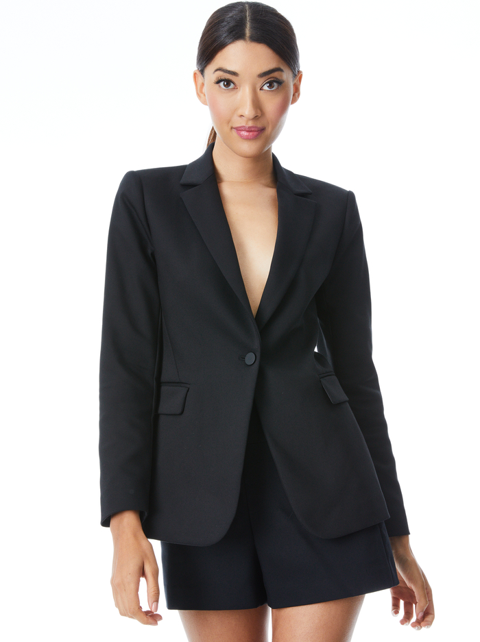 MACEY FITTED NOTCH COLLAR BLAZER - BLACK - Alice And Olivia
