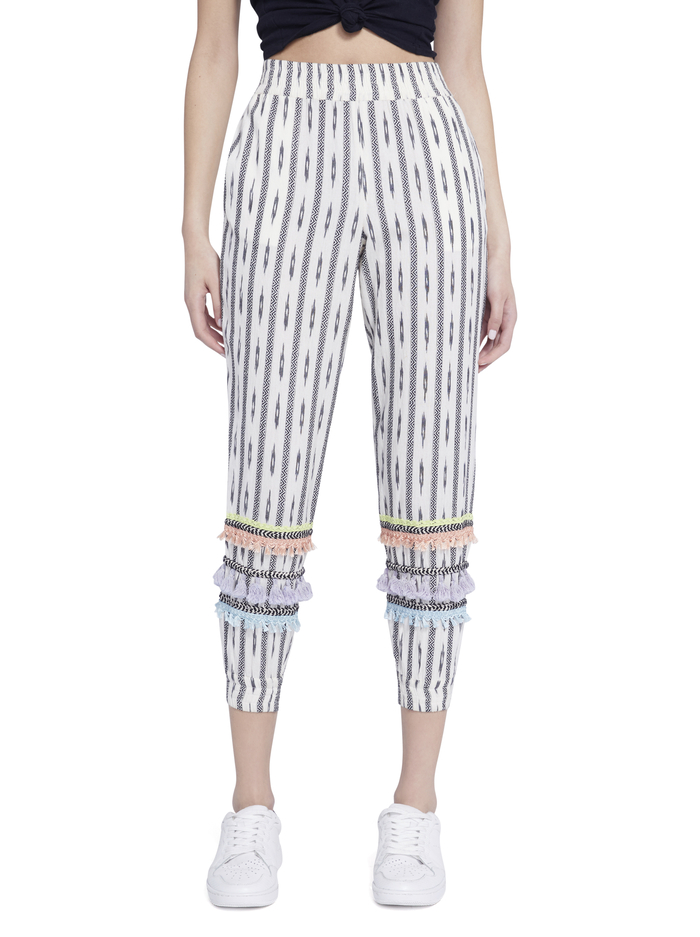 PETE SMOCKED SLIM PULL UP PANT - OFF WHITE/BLACK MULTI - Alice And Olivia