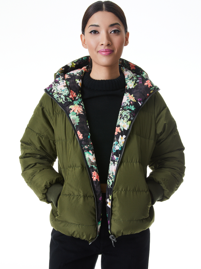 DURHAM REVERSIBLE HOODED PUFFER - ROMANCE BLACK/OLIVE - Alice And Olivia