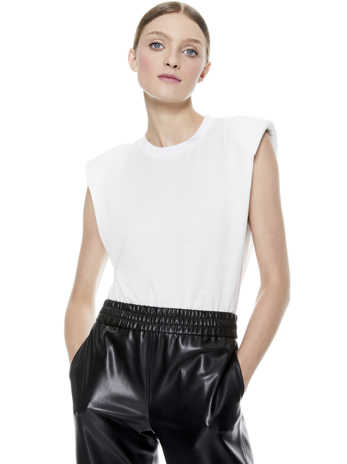 KENDRICK STRONG SHOULDER TOP - WHITE - Alice And Olivia