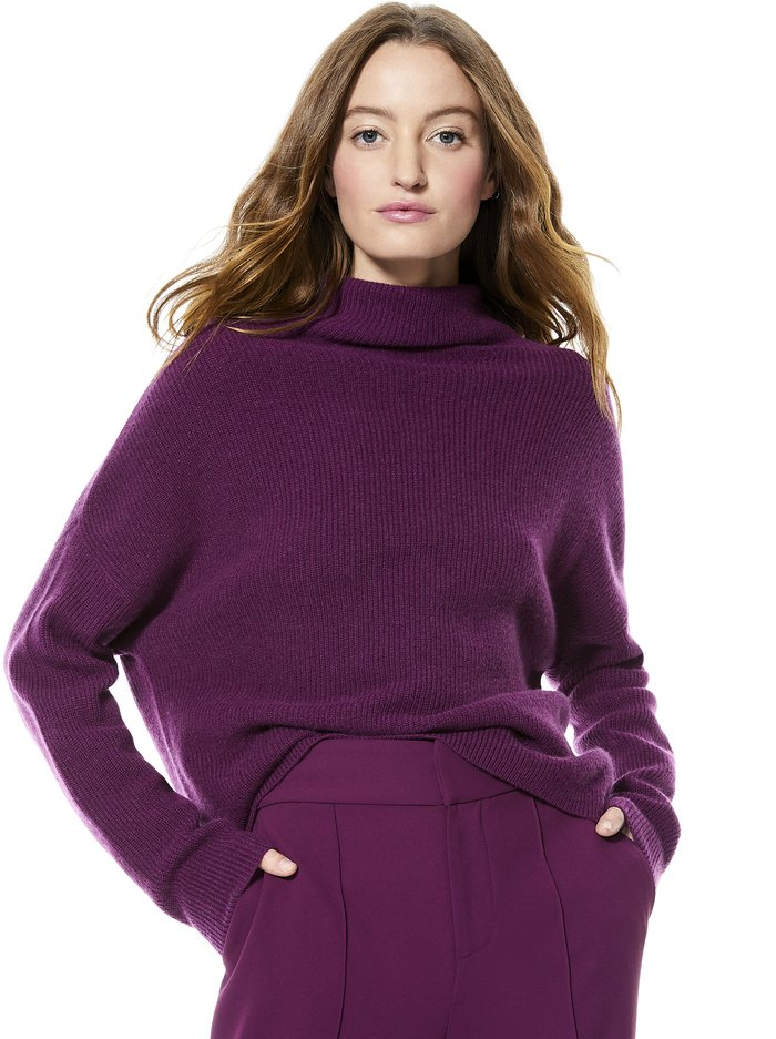 CAPRICE TURTLENECK PULLOVER - BOYSENBERRY - Alice And Olivia