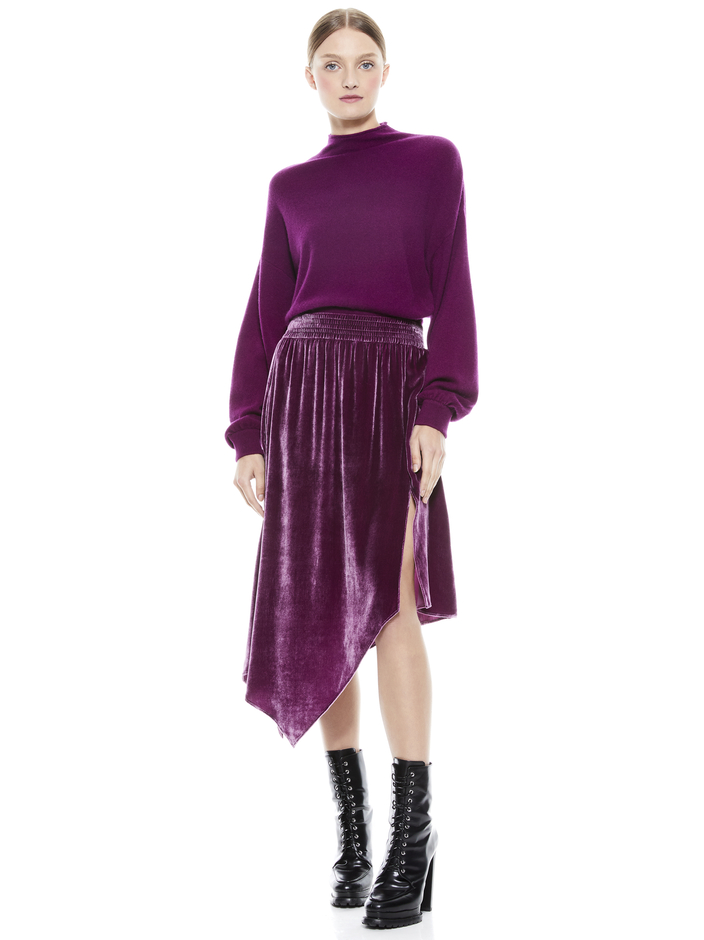 CAPRICE PULLOVER + ANGELIQUE SKIRT -