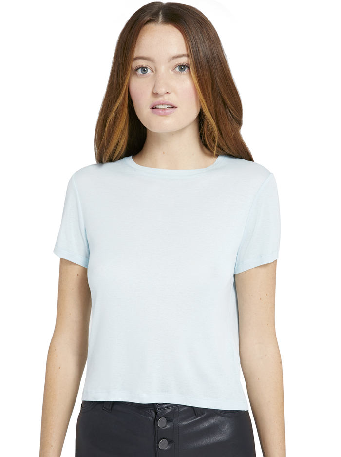 CINDY CLASSIC CROPPED TEE - POWDER BLUE - Alice And Olivia
