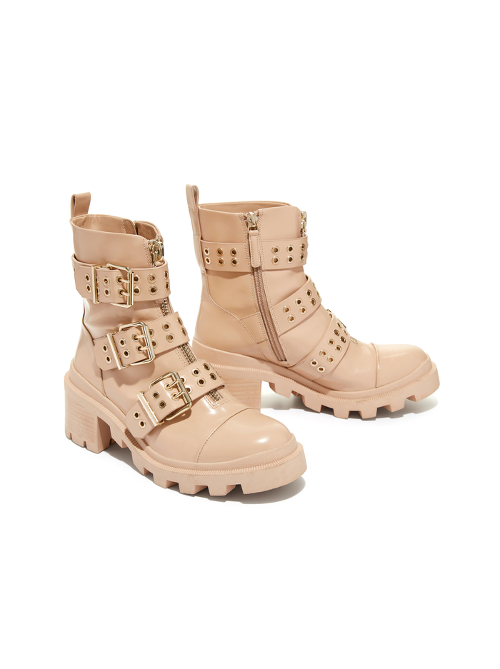 HALI BOOT - ALMOND/GOLD - Alice And Olivia