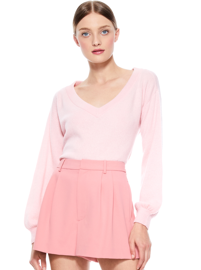 ANSLEY V-NECK BLOUSON SLEEVE SWEATER - BLUSH - Alice And Olivia