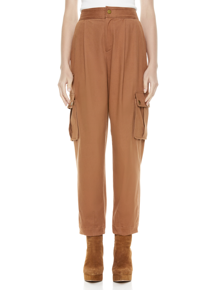CLARKSON ANKLE CARGO PANT - CAMEL - Alice And Olivia