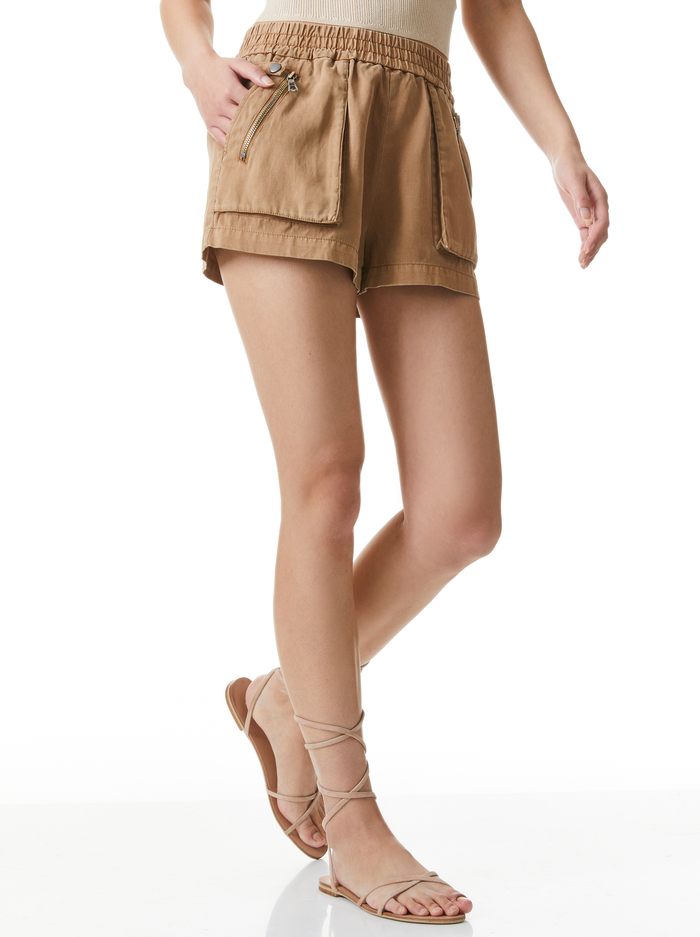 BRITNEY PATCH POCKET SHORT - TAN - Alice And Olivia