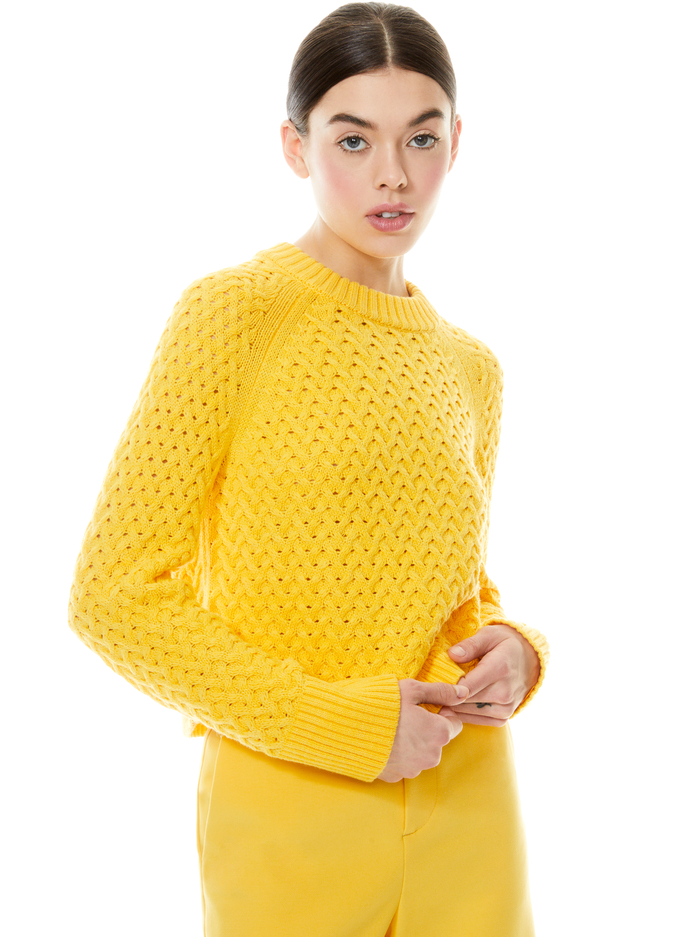 LETA CROPPED PULLOVER - GOLDEN ROD - Alice And Olivia