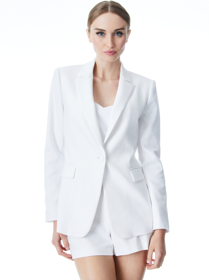 MACEY FITTED NOTCH COLLAR BLAZER - WHITE - Alice And Olivia