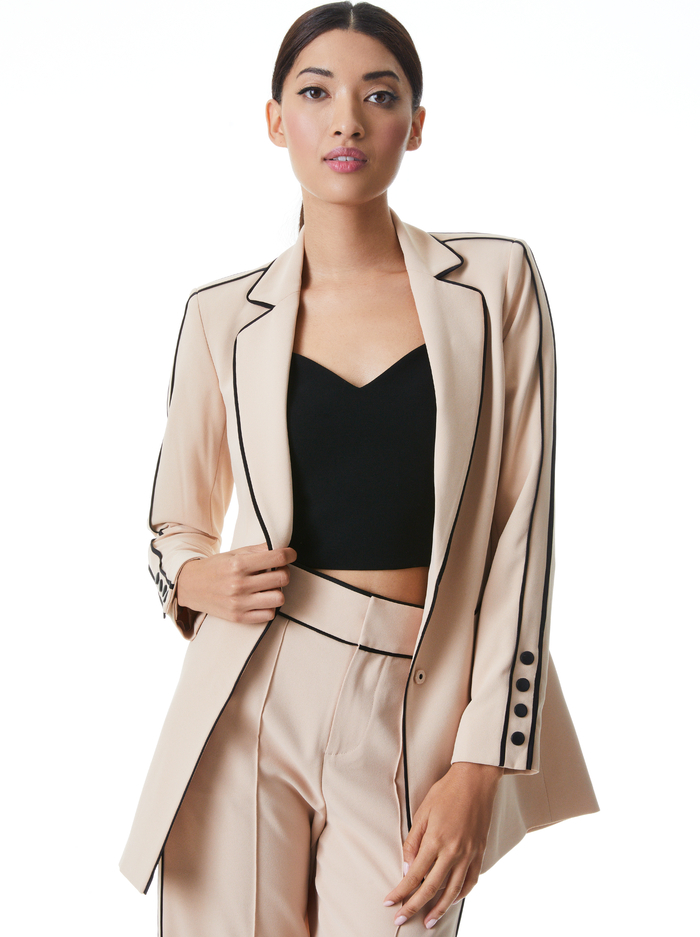 VALERIA PIPED FITTED BLAZER - ALMOND/BLACK - Alice And Olivia